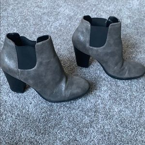 Kenneth Cole Chelsea Boots- Gently Worn